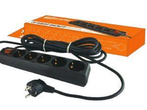 Сетевой фильтр СФ-05В выключатель, 5 гнезд, 1,5метра, с заземлением, ПВС 3х1мм2 16А/250В TDM SQ1304-0001