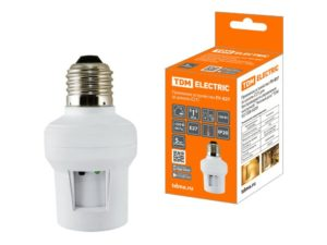 """Приемное устройство П1-Е27 (в цоколь Е27) для беспроводного управления нагрузкой """"Уютный дом"""" TDM SQ1508-0209"""